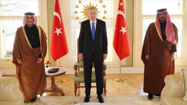 Turkish president meets Qatari foreign minister in Istanbul
