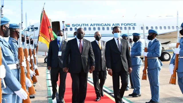 Southern African leaders deploy mission to Mozambique