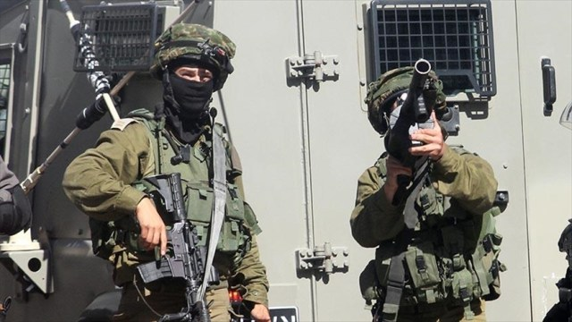 Israeli soldiers teargas gathering in southern Lebanon