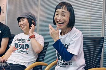 左から、中堅AD・吉野美紀役の吉田美紀、超適当プロデューサー・笹原芳子役のどんぐり(竹原芳子)。