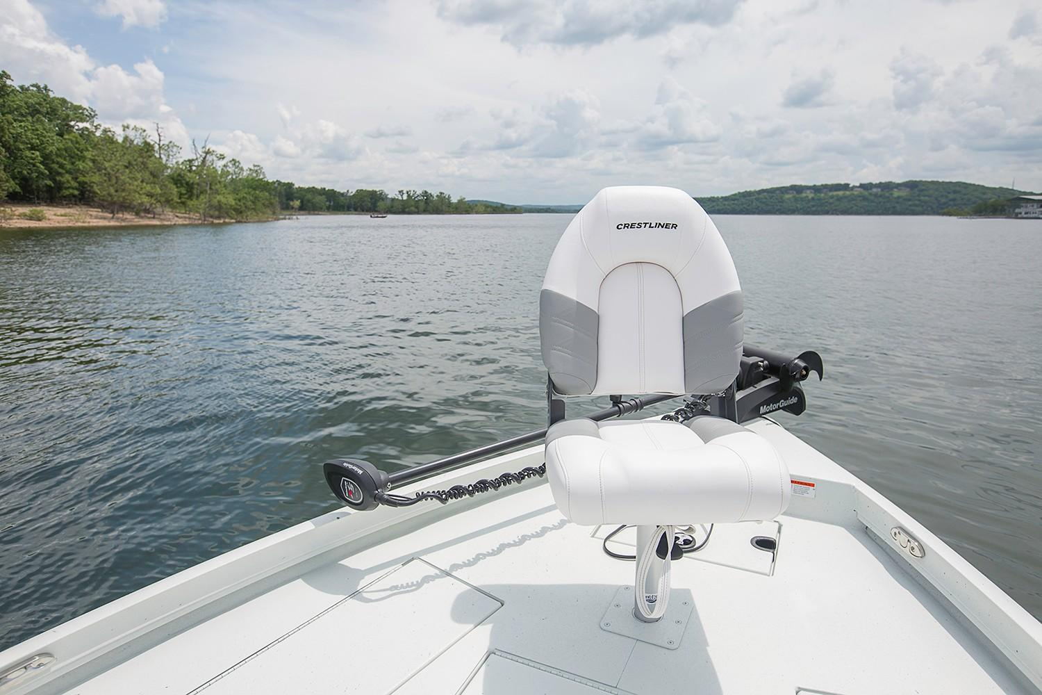New Crestliner Bay Power Boats Outboard In