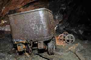 mines galerie ste barbe grand filon hurtières maurienne