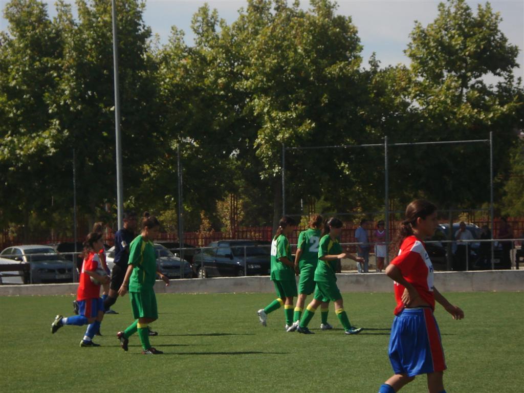 Celebración de uno de los goles de las del Sanni