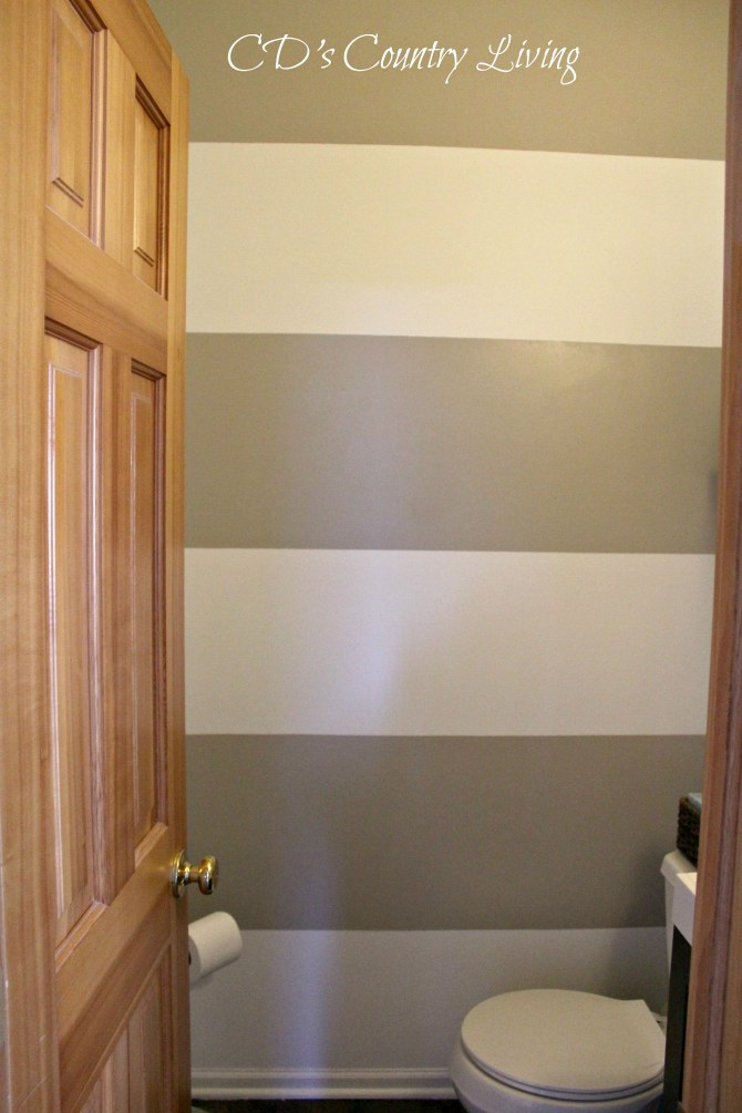 Mel's Powder Room Makeover