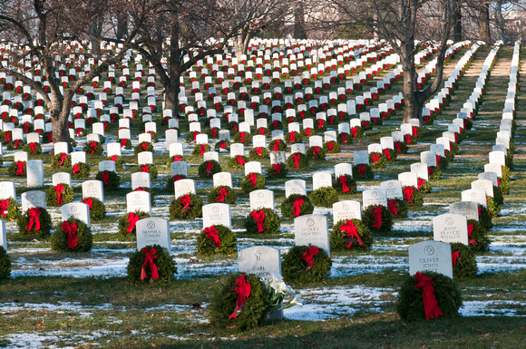 Image result for arlington cemetery wreaths.