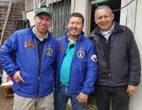 De izq. a der. Cristian CE2WTF, Manuel CE1NTT y Gustavo CE4WJK.