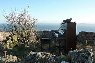 photo of abandoned piano