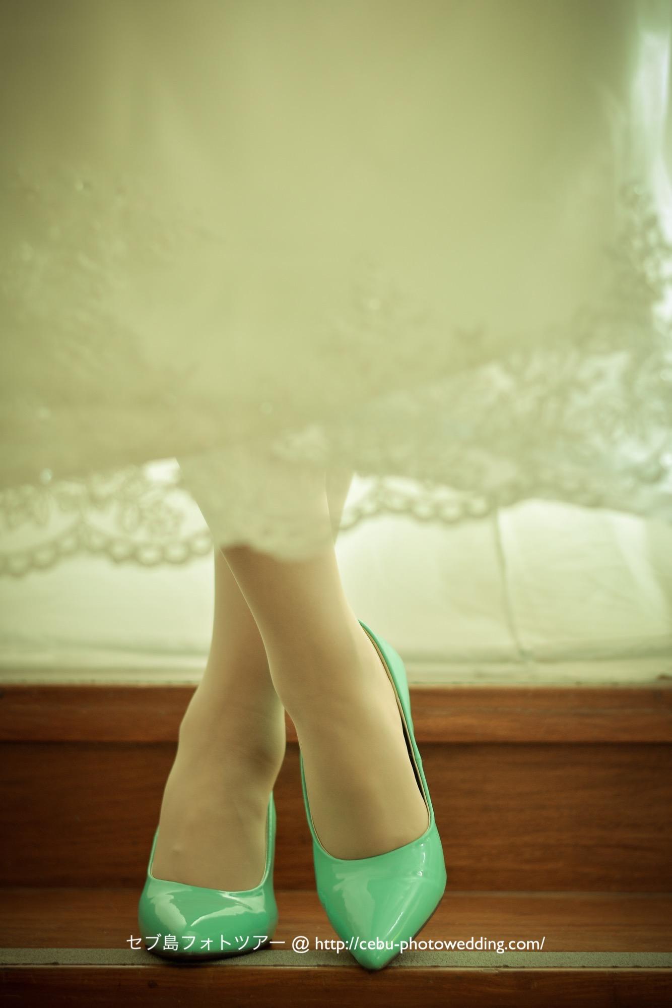 花嫁様のキュートなブライダルシューズ