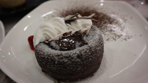 Café Mezzo highlights fusion food with a pinch of minimalism   Cebu Finest