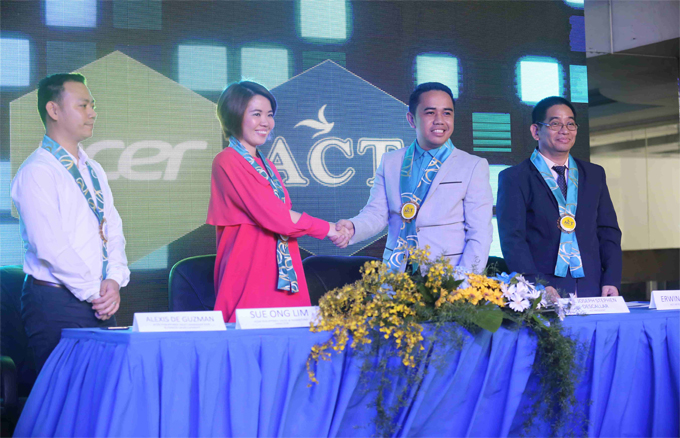 Asian College of Technology creates first CloudProfessor Laboratory with Acer   Cebu Finest