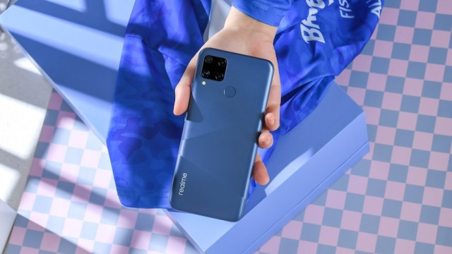 Designed to be a capable tech partner for everyday use, the realme C15 is equipped with a 2.3GHz Helio G35 octa-core processor. | CebuFinest