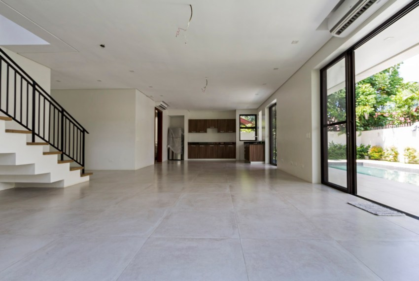 SRB140 5 Bedroom House for Sale in Talamban Cebu Grand Realty