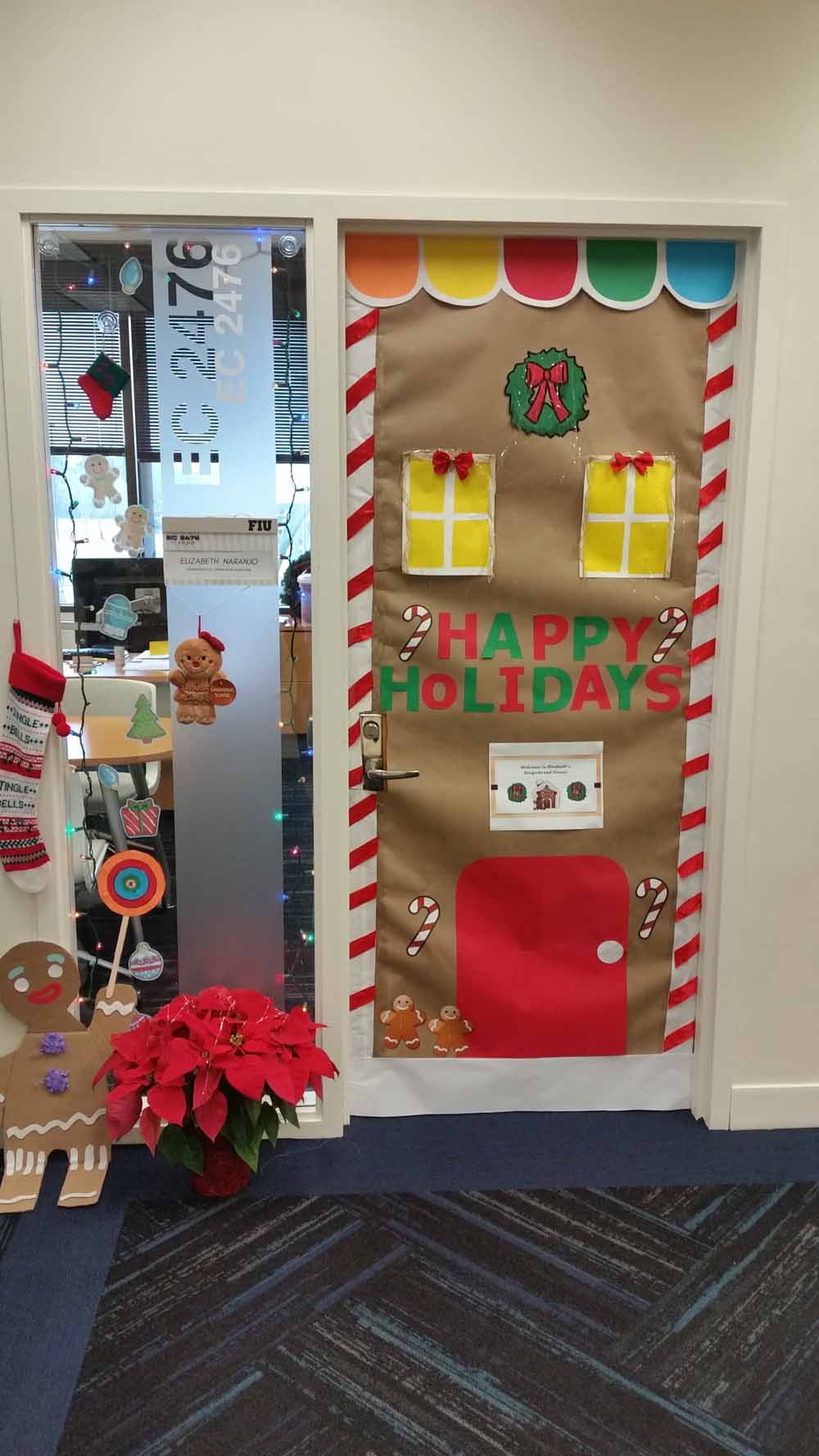 Dean S Office Holiday Decorations Fiu College Of