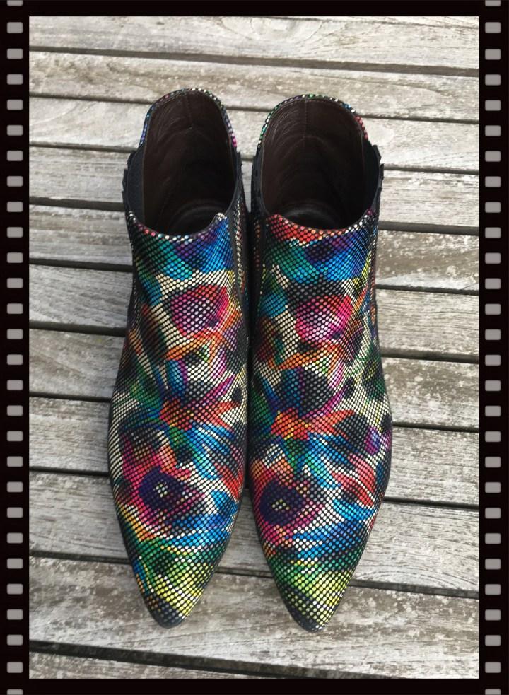 blommiga boots.jpg