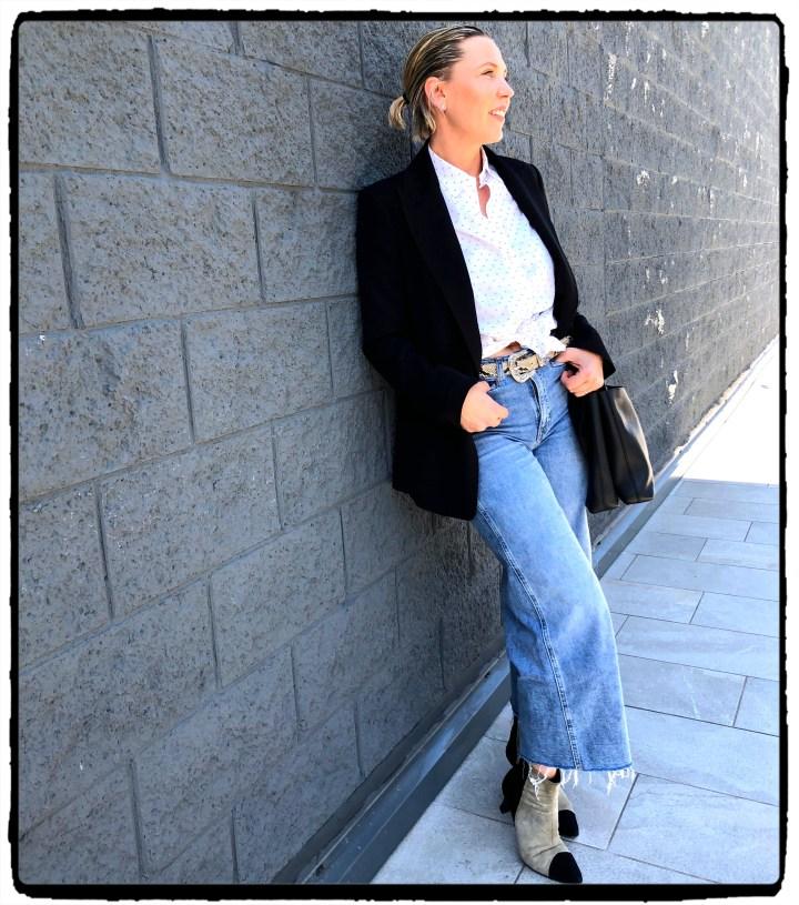 otfit jeans vägg.jpg