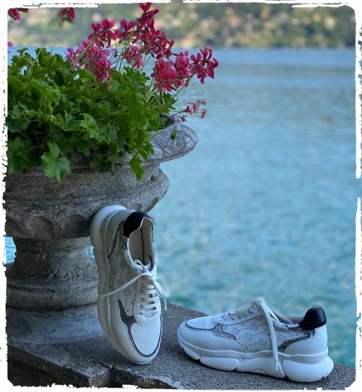sneakers sjö