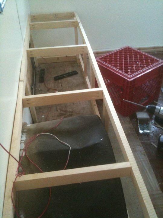 Reframing Shasta Compact Bed