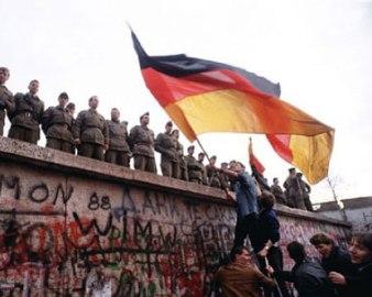 fall-of-the-berlin-wall