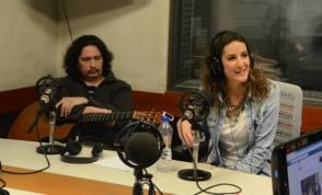 charlando en radio america