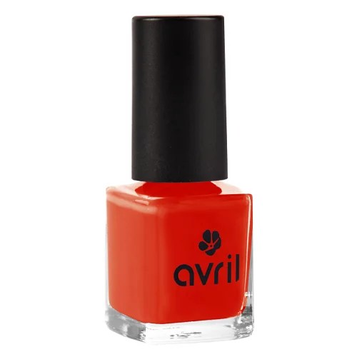 vernis-a-ongles-rouge-orange-naturel