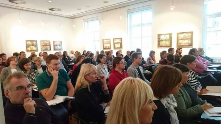 """Seminar """"Kulturno sodelovanje prek meja. Fokus: kulturna dediščina""""."""