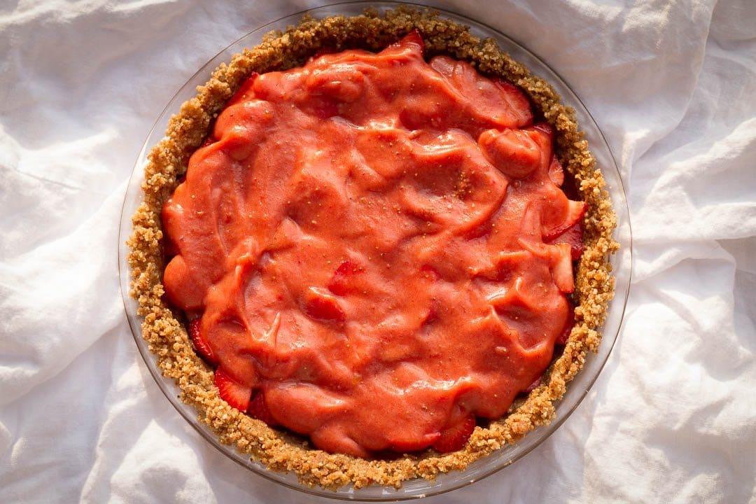 20150913_cb_raw-strawberry-pie (4)