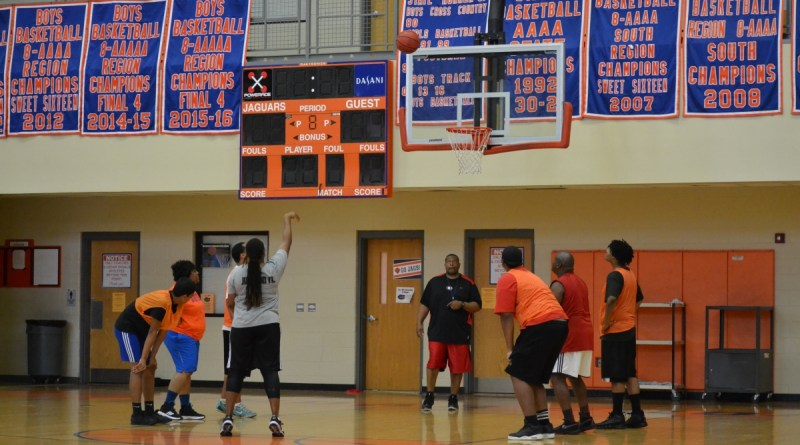 Hoops, They did it Again: Faculty's Three Year Winning Streak Continues