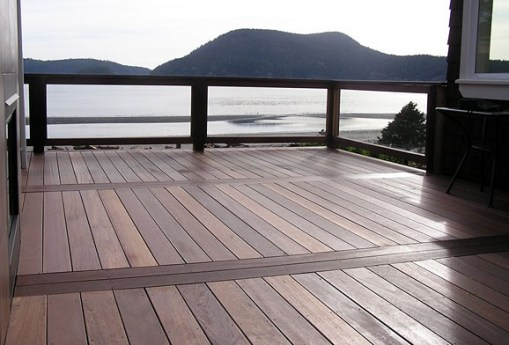 Sourced from sustainable forests, you can count on the quality of our Kayu Red Batu Mahogany decking