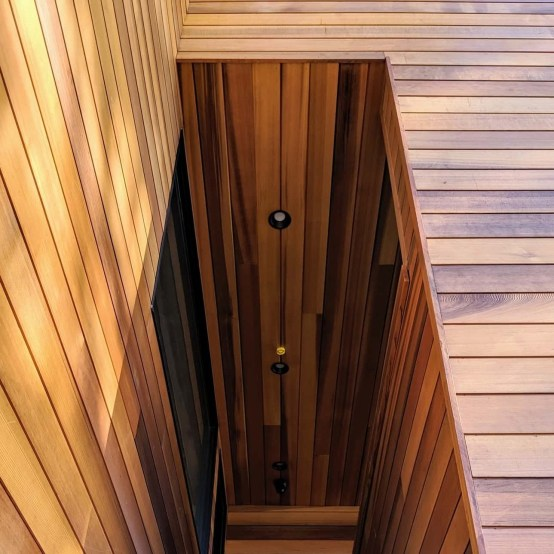 "clear, vertical grain ""nickle gap"" Western Red Cedar t&g siding"