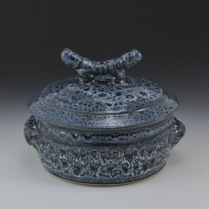 Blue Eagle Pottery's 1qt. Casserole in Oil Spot Blue