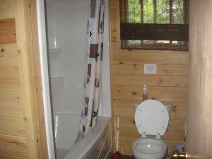 Edwards Edge Cottage bathroom