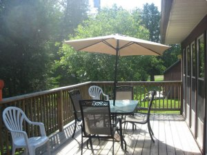 Prize Pickerel Cottage deck
