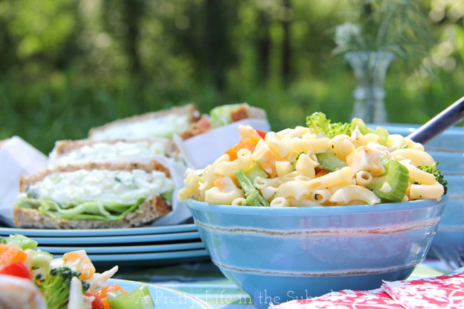 Easy-Macaroni-Salad-A-Pretty-Life