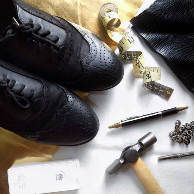 what you need to make your own tassel brogue, how to make a tassel/fringe shoe