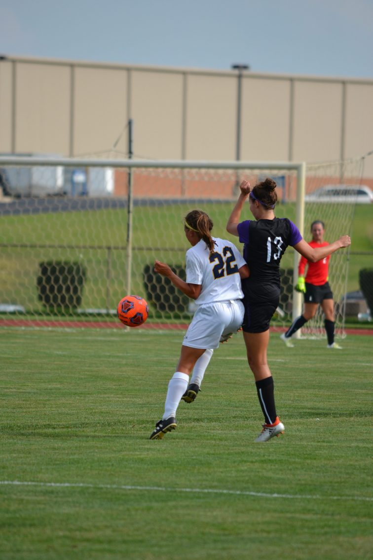 Jocelyn Quirple defends against a Trevecca player. (Photo: Andriana Polsdorfer)