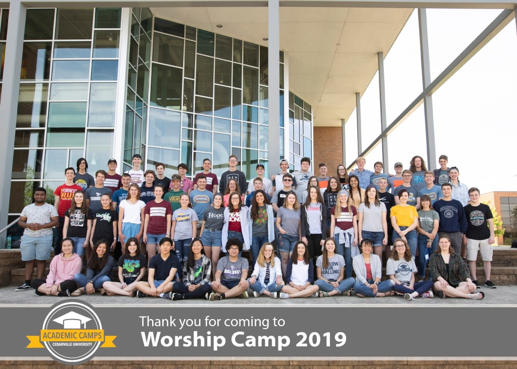 100 Students Attend Worship Camp