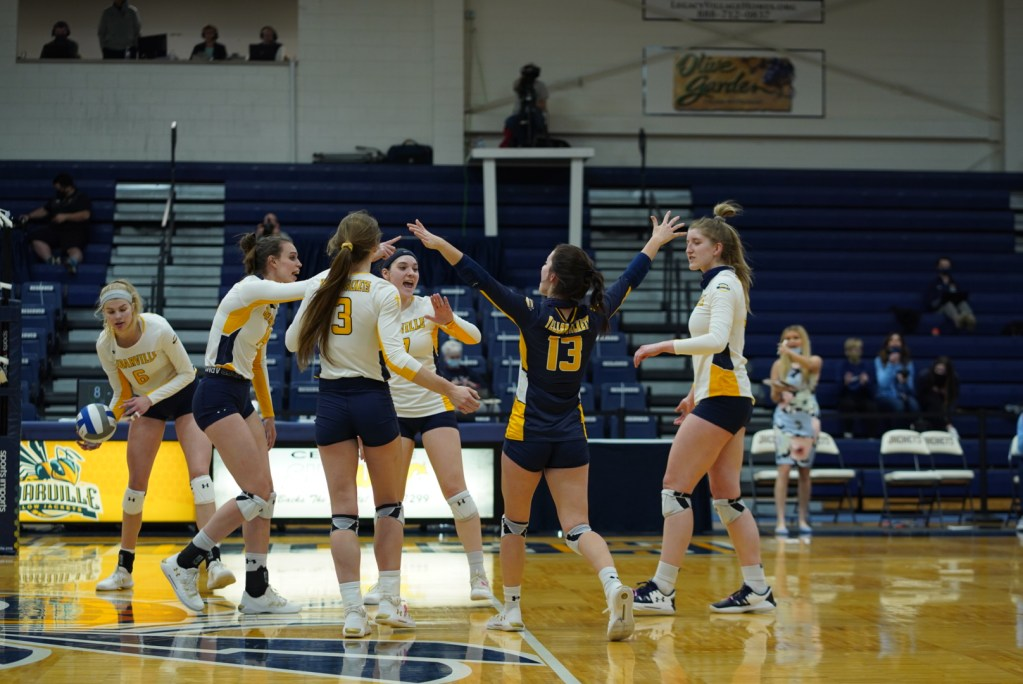 Volleyball Recap: Jackets Look Forward To Rising Squad