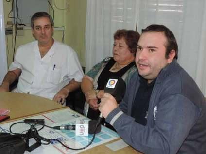 Dr. Balsa (Director Hospital), Hilda (Presidente Cooperadora Hospital) y Cristian Rodhaiser (Secretario Cooperadora Hospital)