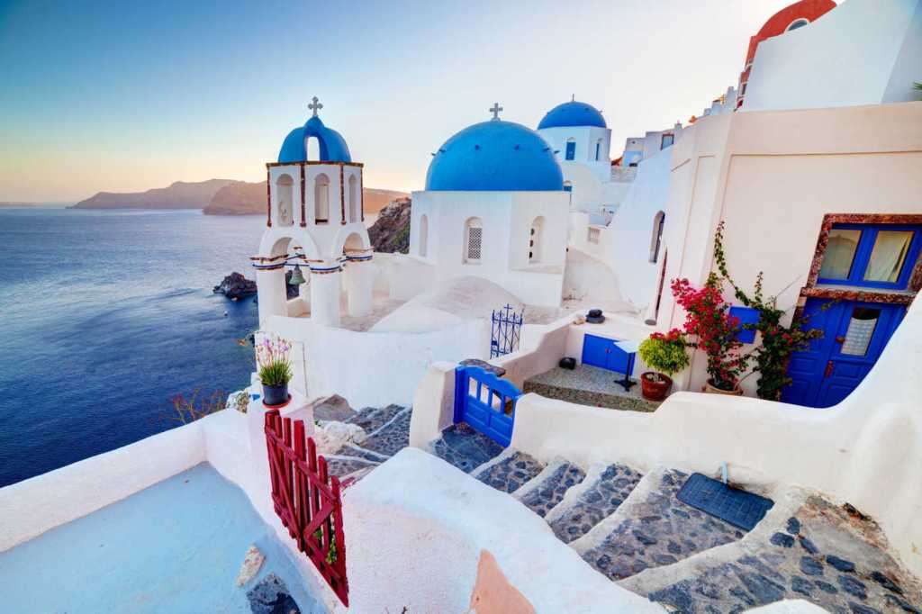 Santorini, Greece – Sceptre
