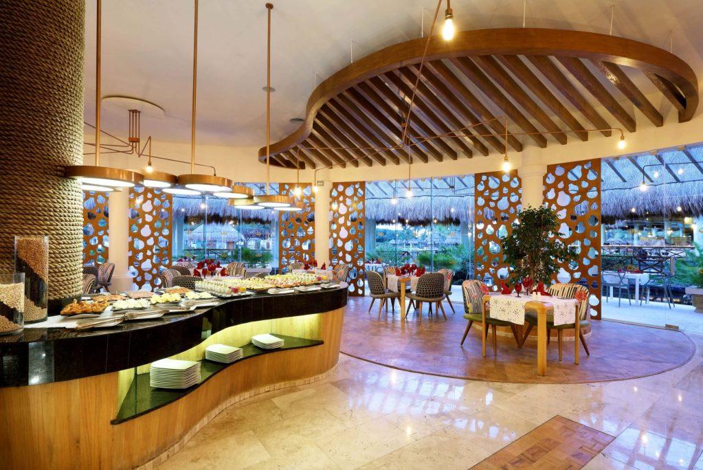 RestauranteLALOLA4 Palladium Colonial Riviera Maya