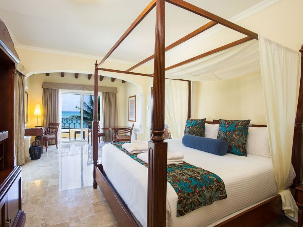 SECRC_PC_One_Bedroom_Honeymoon_St_OF_AA