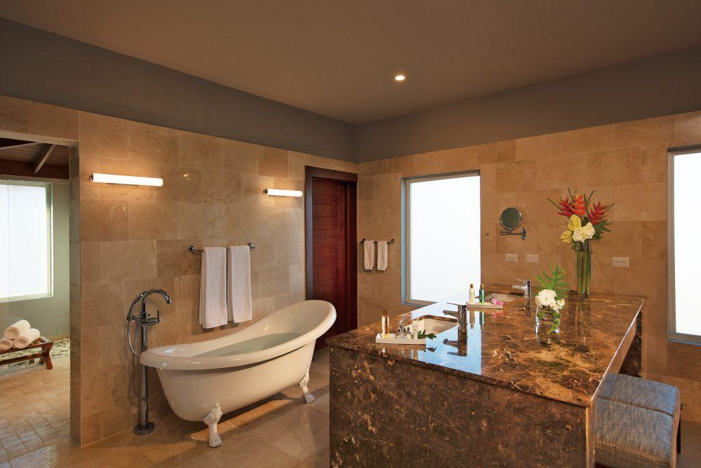 DREDL_Presid_St_Bathroom_1A