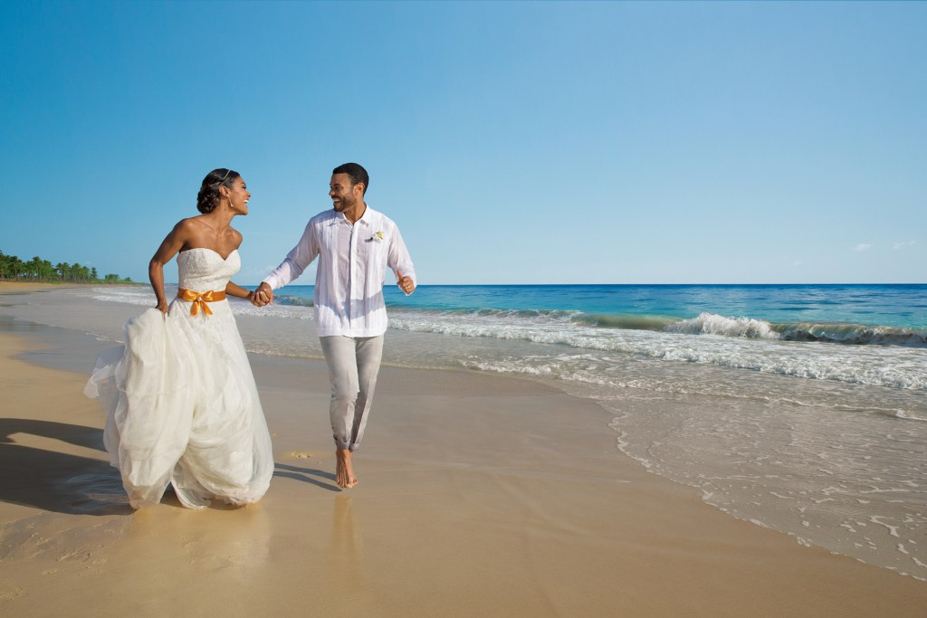 DREPC-BrideGroom-Beach-2A