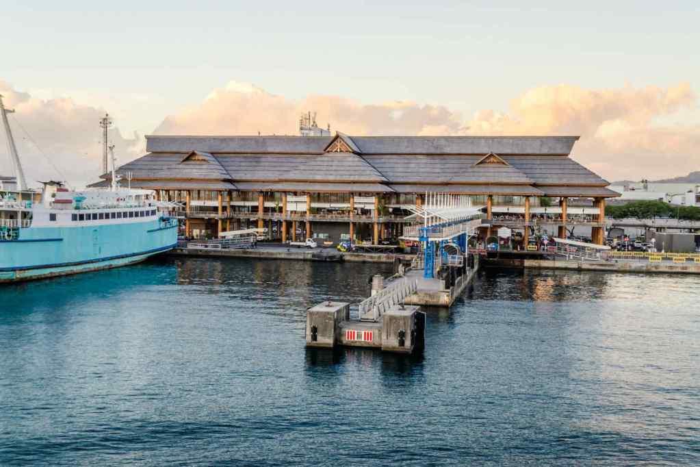 Paradise in French Polynesia – hero2