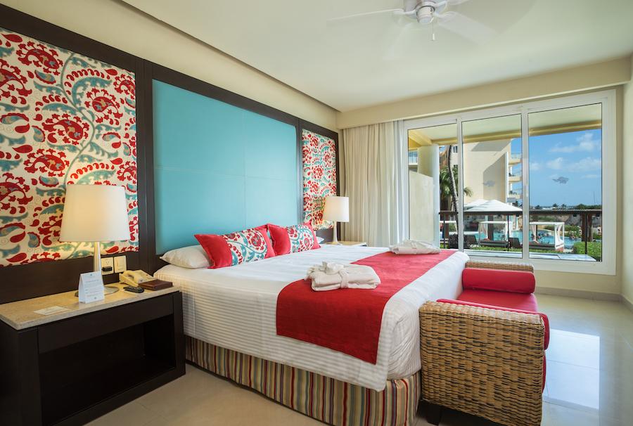 Preferred-Club-Suite-Ocean-View-King