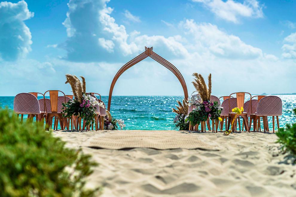 estudio-playa-mujeres-cancun-romantic-weddings_l