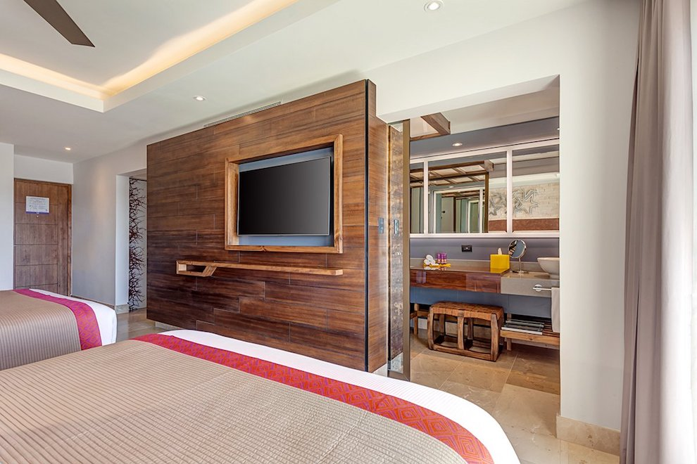 ph_junior_suite_two_bed_lo_res014