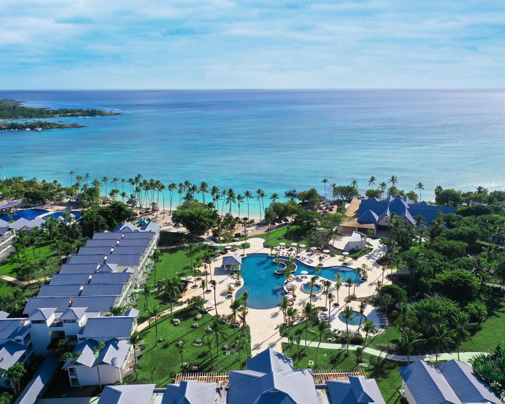 Hilton-La-Romana-Family-Main-Pool-Aerial