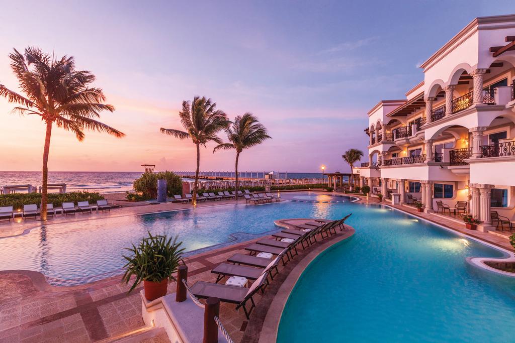 Hilton-Playa-del-Carmen-Pool-3
