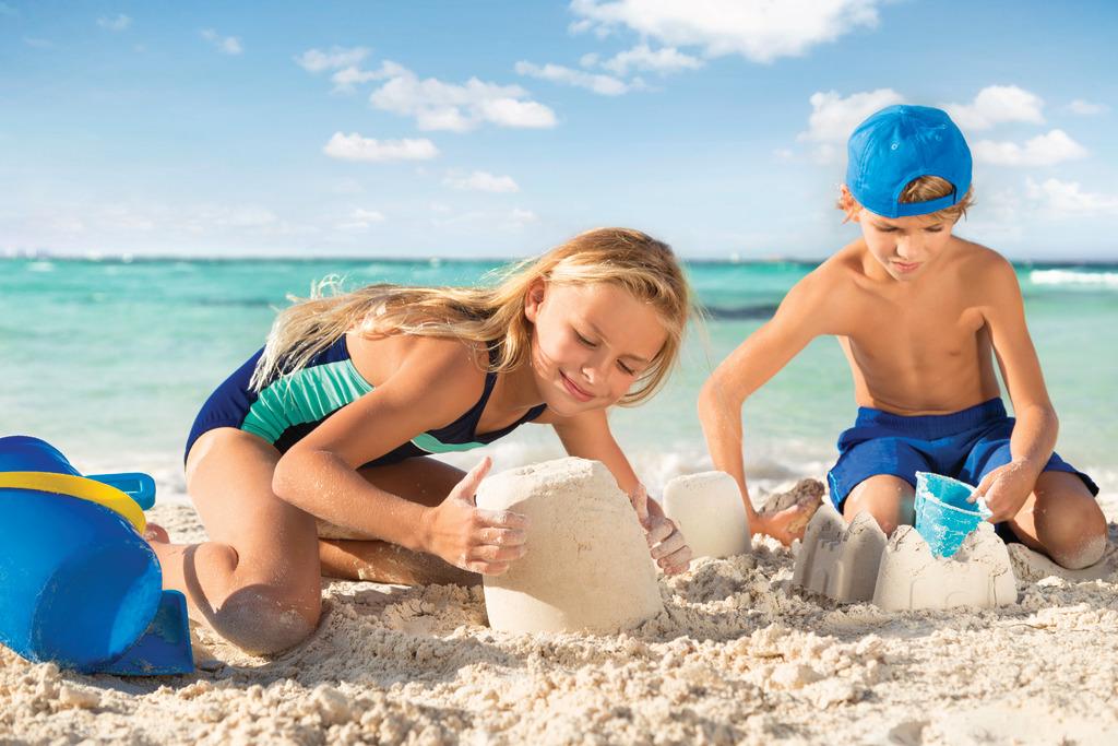 Hyatt-Ziva-Cancun-Lifestyle-Shoot-(November-2016)-Beach-Kids-01